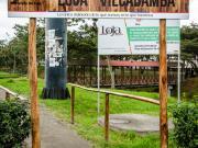 01 Trailhead Sendero Ecologico, Loja, Supermaxi