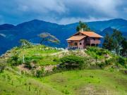15 Exposed ridge house, Mollepamba