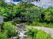 02 Follow the river Puliche for the Tumianuma-trail
