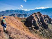 10 On the ridge trail of cerro Mandango