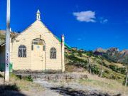 01 Yellow Chapel, Yamburara