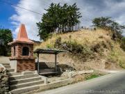 12 Urna, Busstop & trailhead at Gararango pass