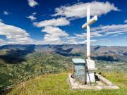 11 The cross on top of Cerro Yunanga, 2330 m