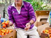 Don Alfonso Jaramillo y sus tomates en Masanamaca