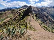 07 Pinnacle rock on Lambanuma-Cerro Sanangui trail