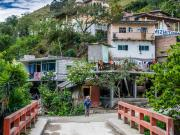 14 The Caxarumi trail ends at the village of Rumizhitana on the Malacatos-Loja Highway